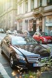 La voiture de luxe de Mercedes-Benz CLS a garé sur une rue dans les Frances Photographie stock libre de droits