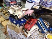 La voiture de vintage modèle sur le marché aux puces dans vieux Yaffo (Jaffa, Yafo), Israël Photographie stock libre de droits