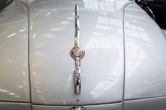 La voiture Tatra 77 A de l'année 1937 se tient dans le musée technique national Image libre de droits