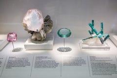 La volta nella raccolta minerale del museo di storia naturale a Londra Fotografia Stock