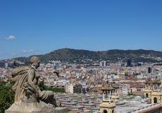 La vue au-dessus de Barcelone de Montjuic Images stock