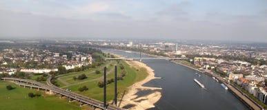 La vue au-dessus de Dusseldorf Photographie stock libre de droits