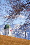 La vue Behide le capitol d'état de l'Utah Images stock