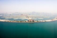La vue d'hélicoptère de Jumeirah de paume Photo stock