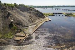 La vue de la cascade Montmorency dans Montmorency tombe parc, au Québec photos libres de droits