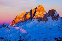 La vue de coucher du soleil de la vallée de belvédère près de Canazei de Val di Fassa, font photo libre de droits