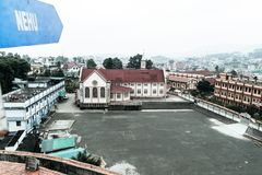 La vue de Jawaharlal Nehru Stadium Shillong, est un stade de football à Shillong, Meghalaya, Inde principalement pour le football photo libre de droits
