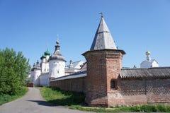 La vue de l'anneau d'or de la Russie - la ville de Rostov Veliky dans la région de Yaroslavl Images stock