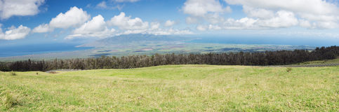 La vue de la plaine entre Kahului et Maalaea aboient photographie stock libre de droits