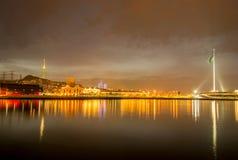 La vue de nuit de la place de drapeau à Bakou Azerbaïdjan images libres de droits