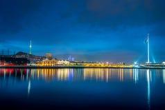 La vue de nuit de la place de drapeau à Bakou Azerbaïdjan photos libres de droits