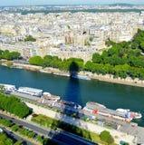 La vue de Tour Eiffel Photographie stock libre de droits