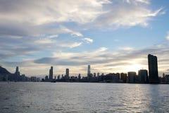 la vue de Victoria Harbor au ferry HK Images stock