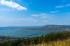 La vue du barrage Photo stock