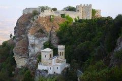 La vue du château de Vénus et le Torretta Pepoli se retranchent Photo stock