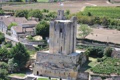 La vue du château gardent de Saint Emilion, France Photo stock