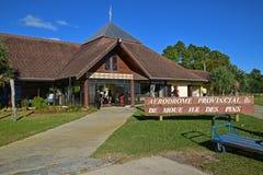 La vue du DES d'Ile goupille l'aéroport d'île, Nouvelle-Calédonie Photo libre de droits