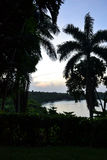 La vue du port Antonio, Jamaïque de Geejam, prise une soirée en juillet Images libres de droits