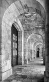 La vue du portique a couvert la terrasse colonnaded de la Malte Marit Image libre de droits