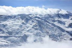 La vue du Rothorn 3.103 m présente les sommets les plus élevés des Alpes suisses Le Valais, Switzerland Image libre de droits
