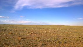 La vue du train transsibérien chez Ulaanbaatar, Mongolie banque de vidéos