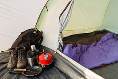 Intérieur campant de tente de dôme Photos libres de droits
