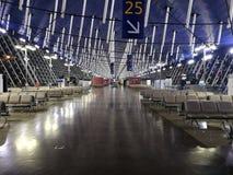 La vue intérieure de l'aéroport international de Pudong Image stock