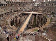 La vue intérieure du colosseum photographie stock libre de droits