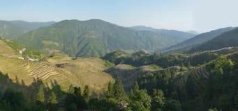 La vue panoramique des terrasses de riz de Longji, province de Guangxi, Chine Photos stock