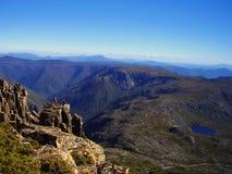 La vue panoramique du sommet de la montagne de berceau photos libres de droits