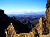 La vue panoramique du sommet de la montagne de berceau photos stock