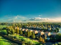 La vue supérieure de bourdon de vinkeveen près d'Amsterdam pendant l'été chaud photographie stock libre de droits