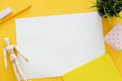 La vue supérieure de l'art d'artiste assure le fond Copiez l'espace Images libres de droits