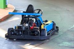 La vue sur le moteur d'un vieil emballage vont kart photo stock
