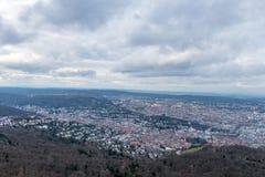 La vue sur Stuttgart de tour de télévision en Allemagne Images stock