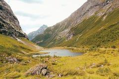 La vue sur une vallée et voient en Norvège photo libre de droits