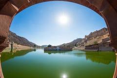 La vue vue du miel a modifié la tonalité Amber Fort impressionnante, attraction touristique célèbre à Jaipur, Ràjasthàn, Inde Lum Photos libres de droits