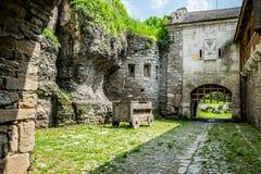 La yarda de la fortaleza vieja fotografía de archivo