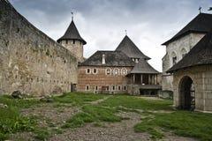La yarda del castillo de Khotyn Imagen de archivo