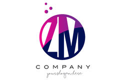 La ZM Z M Circle Letter Logo Design avec Dots Bubbles pourpre Photo stock