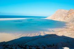 La zone protégée de la plage de Qalansia, de la lagune et des montagnes, île de Socotra, Yémen Photo stock