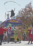 La Zoom bus Celebration in the Asheville Christmas Parade Stock Images