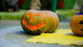 La zucca sorridente capa per Halloween, festa è celebrata Fotografia Stock Libera da Diritti