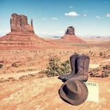 Laarzen en hoed bij de Vallei van het Monument Stock Afbeelding