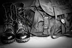 Laarzen en zak Stock Fotografie