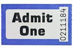 Laat één kaartjesstomp toe die op wit wordt geïsoleerde stock foto's