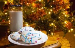 Laat - nachtsnack voor Kerstman Stock Foto's