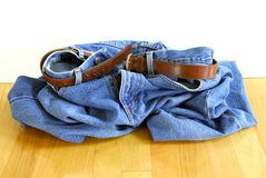 Laat vallen Uw Jeans Stock Afbeelding
