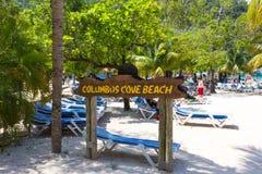 LABADEE HAITI, MAJ, - 01, 2018: Ludzie cieszy się dzień na plaży w Haiti Fotografia Stock