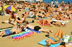 LaBarceloneta strand, i Barcelona, Spanien Arkivbild
